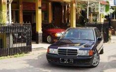 Mercedes benz w201 / mercy 190e AT matik automatic baby benz