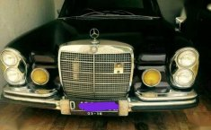 Mercedes benz 280s w108 th 1970