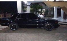 Jual mobil Nissan Cedric MT tahun 2004 Jawa Barat