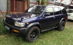 Nissan Pathfinder AT Tahun 2000 Automatic