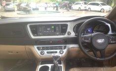 Jual mobil Kia Sedona 2017
