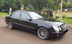 2004 Mercedes-Benz 260E Automatic