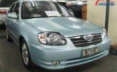 Review Hyundai Avega 2008