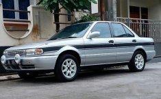 Nissan Genesis GLX 1993 Sedan