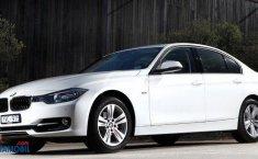 Review BMW 320I 2012