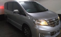 Nissan Serena Panoramic Autech 2015 Silver Automatic