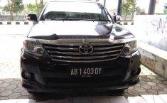 Toyota Fortuner 2.4 Automatic 2011 Hitam