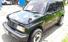Suzuki Sidekick 1.6 1995 Hitam