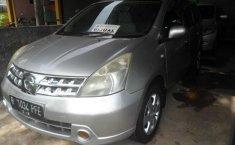 Nissan Grand Livina XV 2008 Silver Automatic