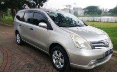 Nissan Grand Livina 2012 Auomatic