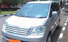 Toyota Noah Type X Thn 2004 CBU