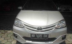 Toyota Etios Valco G Silver 2014