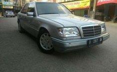 Mercedes-Benz 320 1994