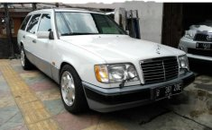 Jual mobil Mercedes-Benz 320 1992 DKI Jakarta Automatic
