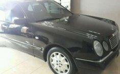 Mercedes -Benz 320 1996