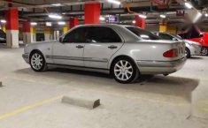 Mercedes-Benz E320 V6 New Eyes Elegance 1998