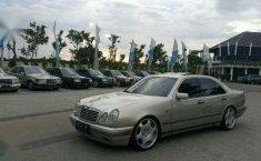 Mercedes-Benz 320 1997