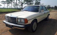 Jual Mercedes-Benz 280E W123 2.8 1983