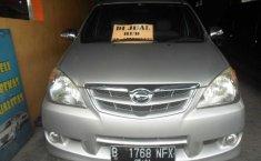 Daihatsu Xenia X Silver 2011