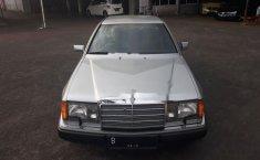 Mercedes-Benz 300CE C124 3.0 Automatic 1989 Silver
