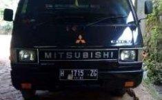 Miitsubishi L300 2003