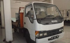 Isuzu Dump Truck 2000 Putih