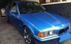 Jual Beli Mobil Bmw I8 Bekas Warna Biru Dengan Di Daerah Java