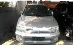 Mitsubishi Chariot 2000 MPV