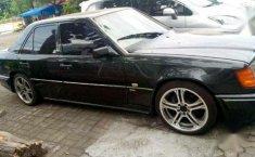 Jual Mercedes-Benz 320 1994