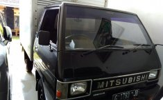 Mitsubishi Colt L300 Box 2.5 Manual 1999
