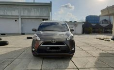 Toyota Sienta V 2017 Manual