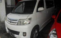 Daihatsu Luxio VVTI 2013 Automatic