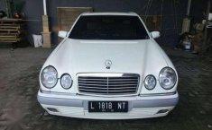Dijual mobil Mercedes-Benz 320  1997