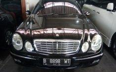 Mercedes-Benz 260E 2003