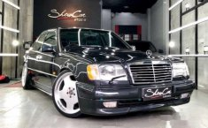 Mercedes-Benz 230E 1991 Sedan