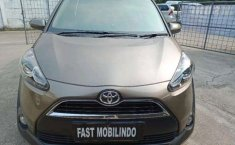 Toyota Sienta 1.5 V MT 2017 Manual
