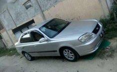 Hyundai Verna 2004