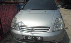 Honda Stream 2 2002 MPV Automatic