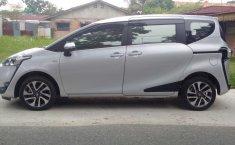 Toyota Sienta V 2016 Automatic