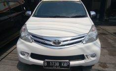 Toyota Avanza G Putih mutiara 2013