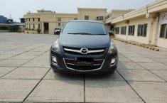Mazda 8 MPV 2012 Automatic