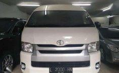 Toyota HI Ace Commuter MT 2015; ISTIMEWA Gan!!