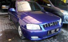 Jual mobil Hyundai Accent Verna 2002 Jawa Timur