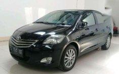 Dijual mobil Toyota Vlotz Automatic 2012 siap pakai