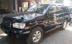 Nissan Pathfinder Tahun 2001