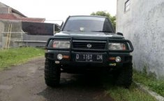 Suzuki Sidekick MT Tahun 196 Manual