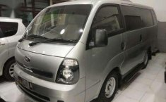 Kia Travello  Option 2 Tahun  MT 2014