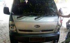 Jual Mobil Kia Travello Option 2 2012