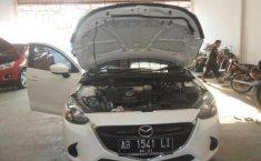 Mazda 2 2014 Putih Automatic