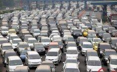 Asuransi Astra Berikan Tips Aman Berkendara Selama Berpuasa